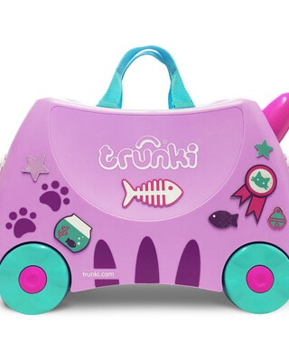 حقيبة سفر بتصميم القطة كاسي من ترانكي