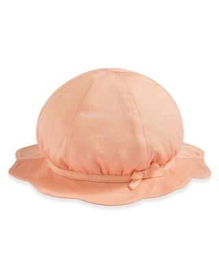 قبعة بحافة صدفية