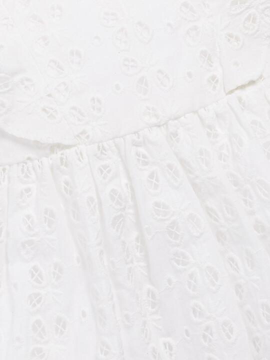 فستان مُطرز عند الصدر image number 3