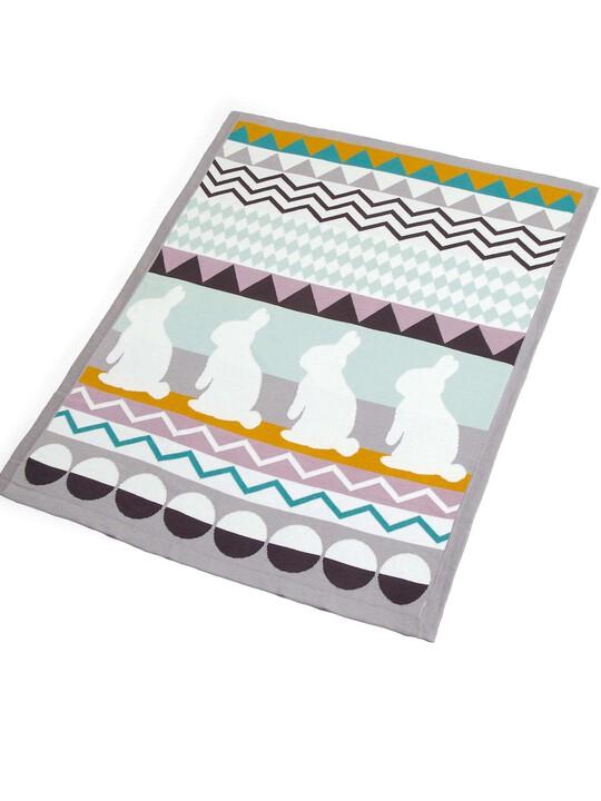 بطانية Bunny المعقودة - من Patternology - مقاس 70 × 90 سم image number 3